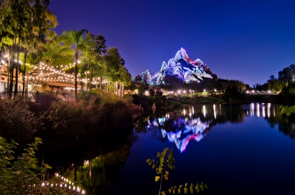 Expedition Everest Night