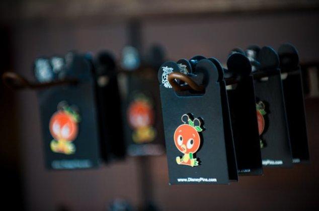 Disney Pin Trading Tips - Disney Tourist Blog