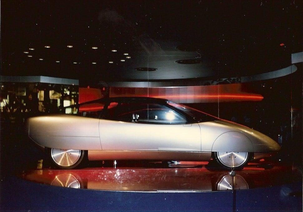 Epcot-World-Of-Motion-Future-Car-3-24-1985-Chad-Erickson.jpg
