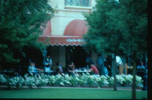 Au Petit Cafe 10-85 - Patricia Brown