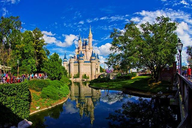 cinderella-castle-moat-fisheye