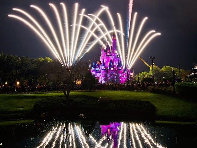 wishes-classic-bursts-fireworks-bricker