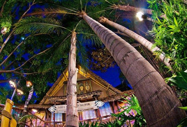 tiki-room-palms