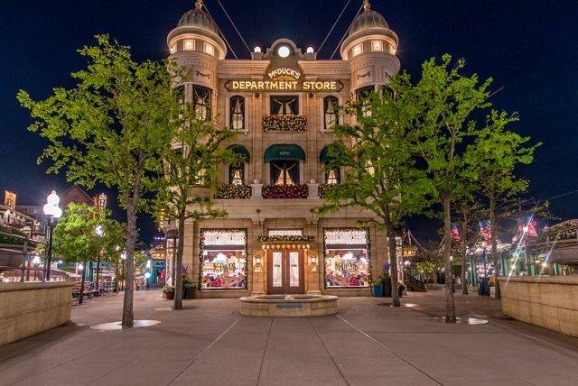 Tokyo-Disney-Resort-0033
