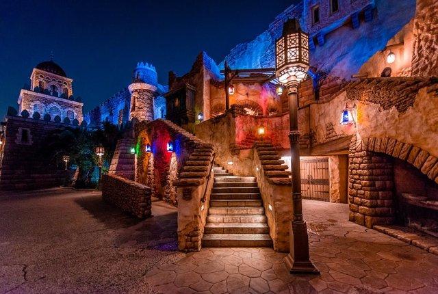 arabian-coast-buildings-stairs