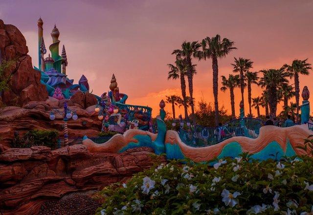 mermaid-lagoon-sunset-side