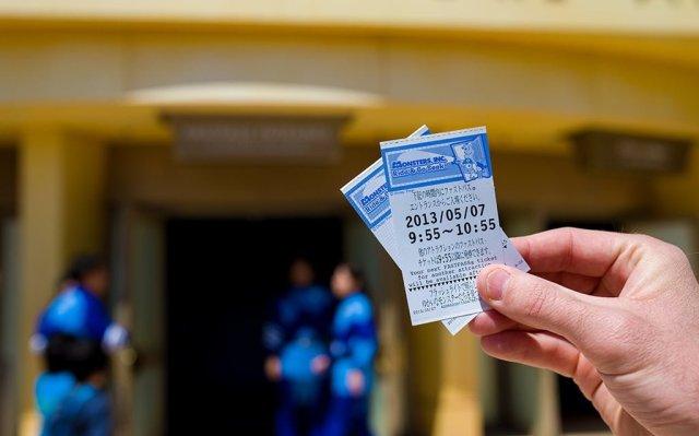 Tokyo-Disneyland-Spring-2013-0253
