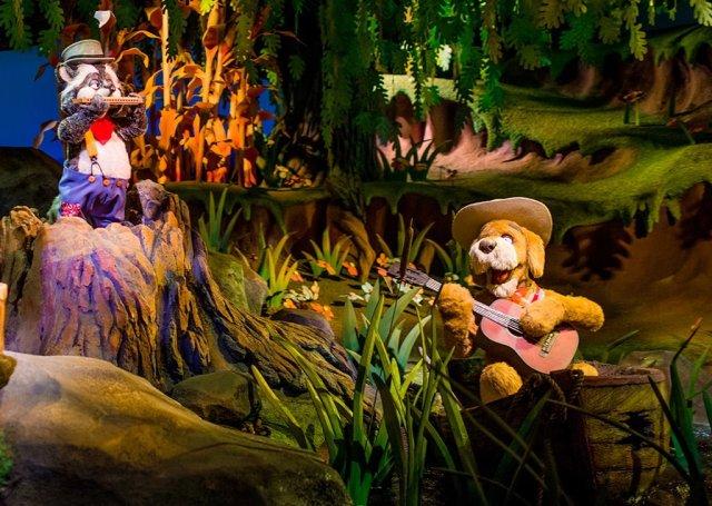 Tokyo-Disneyland-Spring-2013-0270