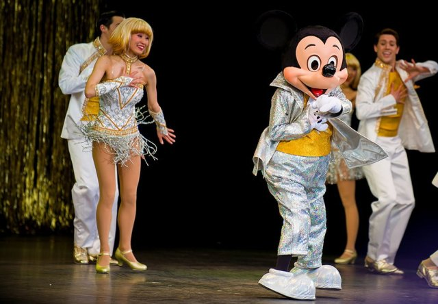 Tokyo-Disneyland-Spring-2013-0292