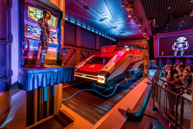 Tokyo-Disneyland-Spring-2013-0322