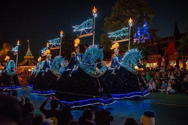 Tokyo-Disneyland-Spring-2013-0328