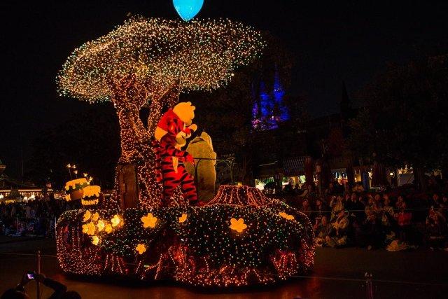 Tokyo-Disneyland-Spring-2013-0343