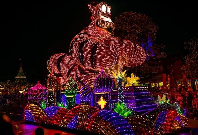 USED-dreamlights-genie