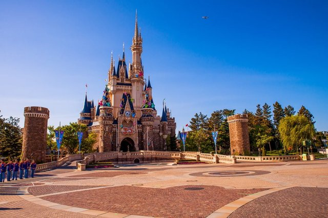 cinderella-castle-star-tours-opening
