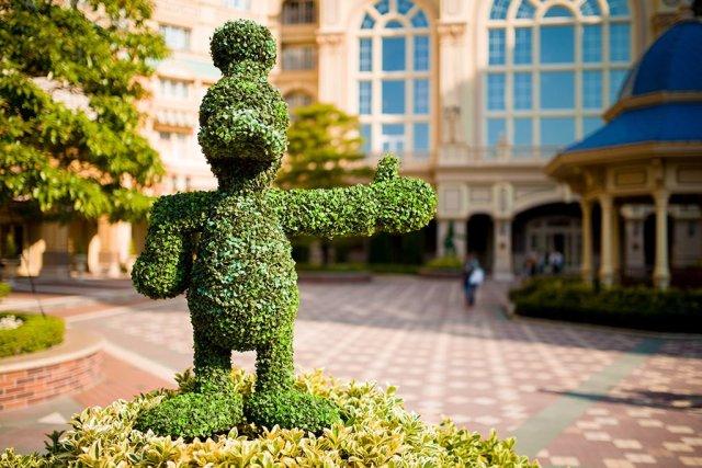 Tokyo-Disney-Resort-Spring-2013-0374