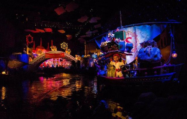 Tokyo-Disney-Resort-Spring-2013-0475