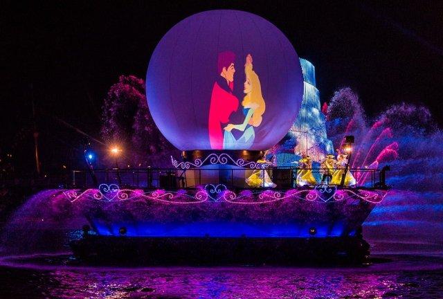 Tokyo-DisneySea-Fantasmic-0613