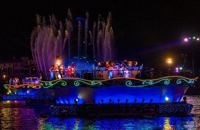 Tokyo-DisneySea-Fantasmic-0615