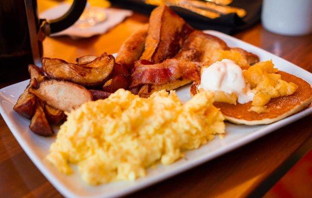 Kona-Cafe-Breakfast-0690