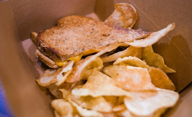 grown-up-grilled-cheese-captain-cooks-polynesian-disney