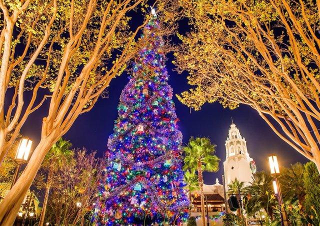 carthay-circle-christmas-tree