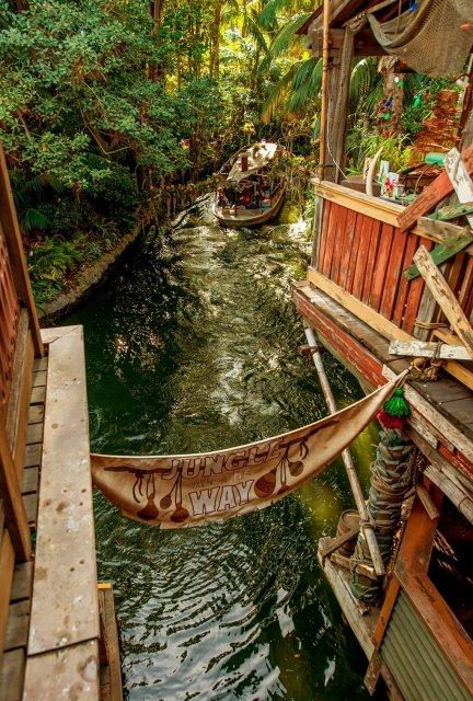 jingle-cruise-disneyland
