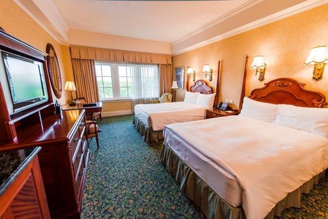 hong-kong-disneyland-hotel-room-3