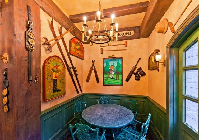 toad-hall-interior-8