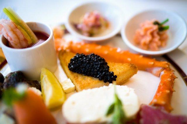 disney-magic-palo-brunch-caviar