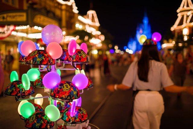 glow-with-show-ears-magic-kingdom