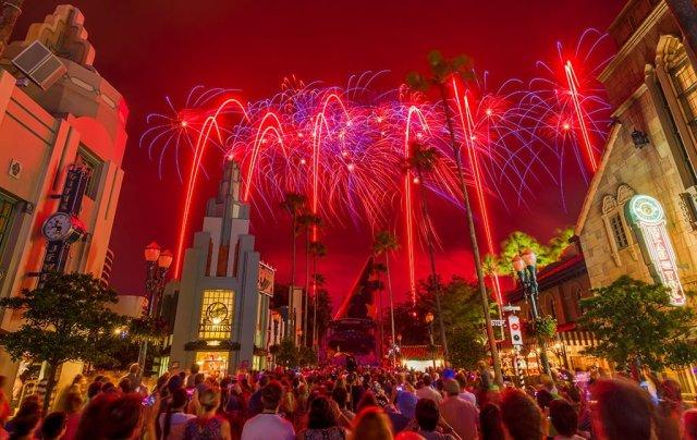 star-wars-weekends-fireworks