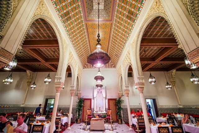 restaurant-marrakesh-epcot-interior-ceiling-2