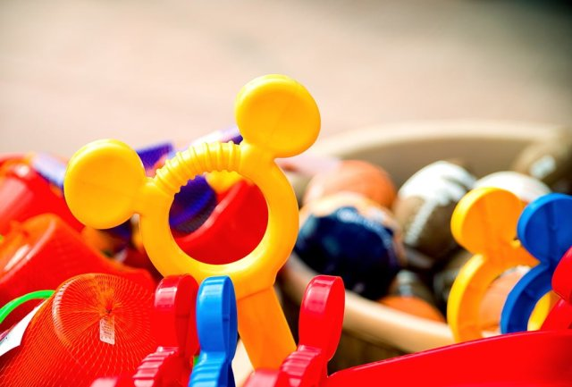 disney-cruise-line-toys