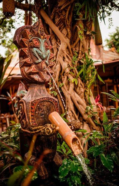 tahitian-terrace-hong-kong-disneyland