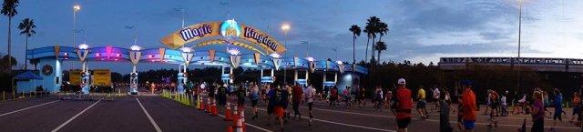 marathon-welcome-magic-kingdom-pano