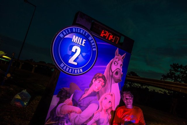 mile-2-walt-disney-world-marathon