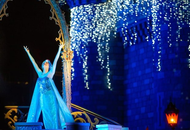 elsa-castle-lighting-1