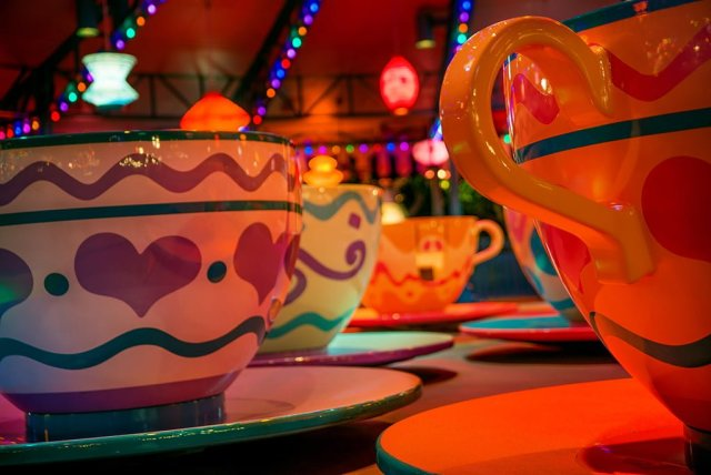 mad-hatter-tea-cups-hong-kong-disneyland