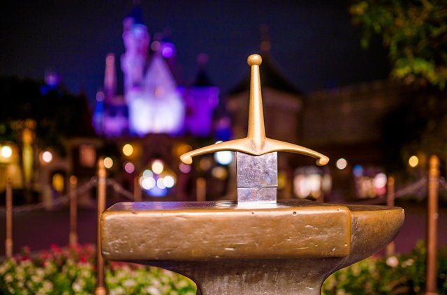 sword-stone-shallow-depth-hong-kong-disneyland