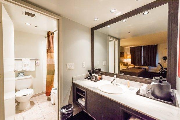 hotel-menage-disneyland-good-neighbor-hotel-586