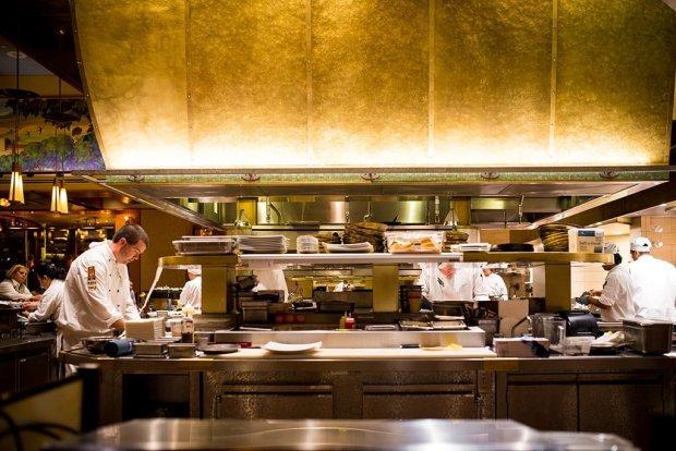 napa-rose-chefs-counter-grand-californian-disneyland-664