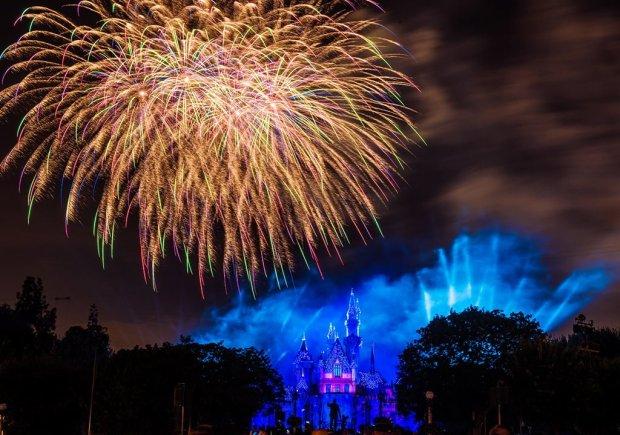 disneyland-forever-fireworks-diamond-celebration-1
