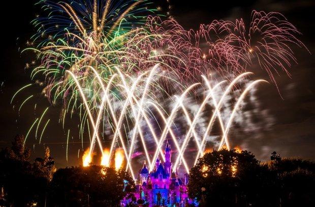 disneyland-forever-fireworks