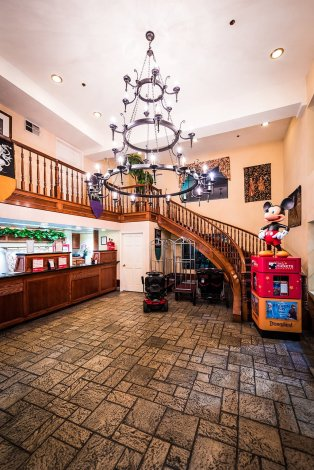 castle-inn-suites-disneyland-anaheim-771
