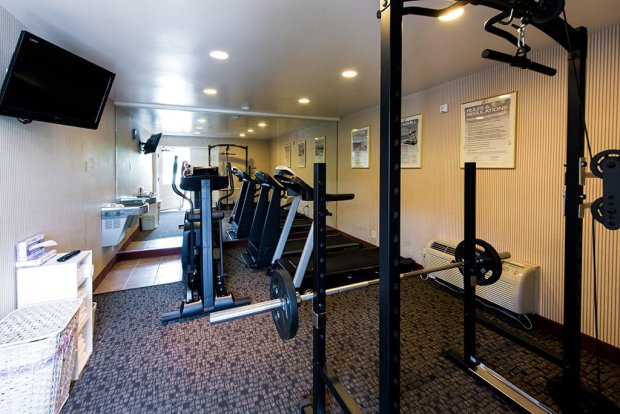 stanford-inn-suites-workout