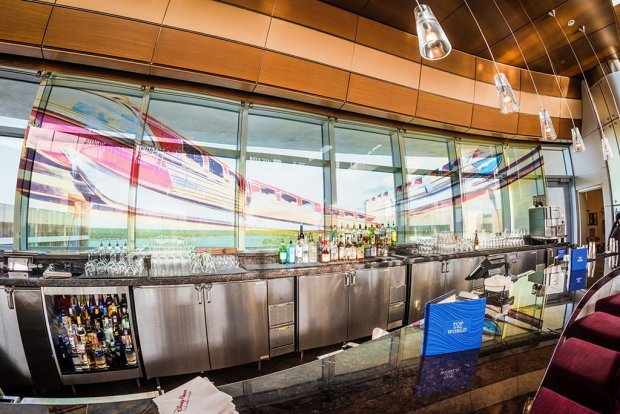top-world-lounge-bay-lake-tower-disney-vacation-club-walt-disney-world-restaurant-bar