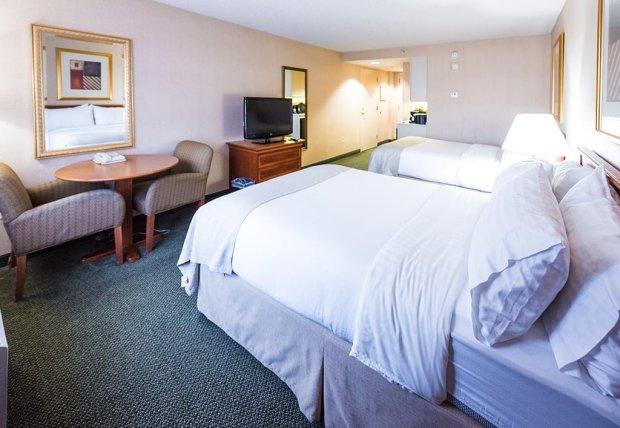 holiday-inn-anaheim-resort-disneyland-040