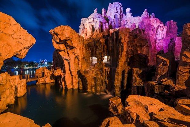 mythos-islands-adventure-universal-night