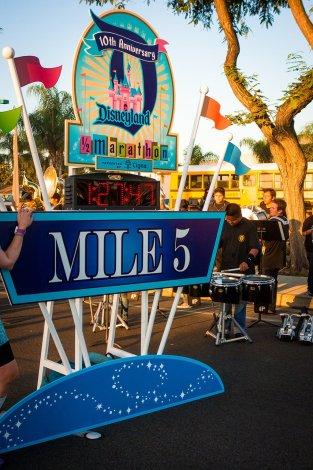 disneyland-half-marathon-10th-anniversary-rundisney-300