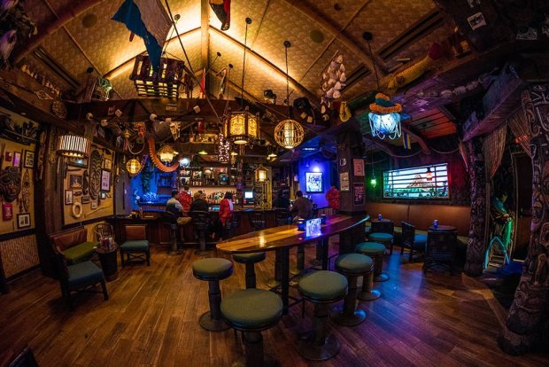 trader-sams-grog-grotto-wide-disney-world